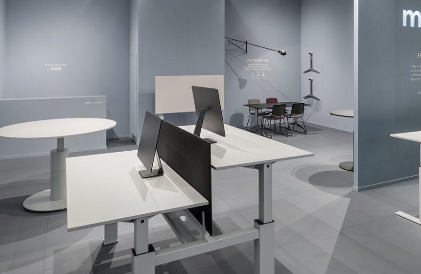 Systèmes de tables assise-debout et solutions peu encombrantes pour les bureaux et les espaces de vie.
