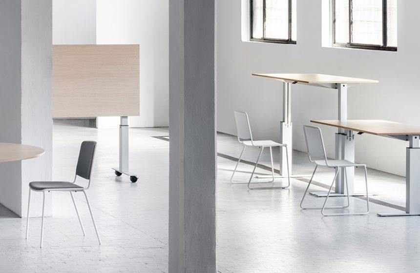 La collection des tables Follow récompensée par son unicité et son excellence technologique