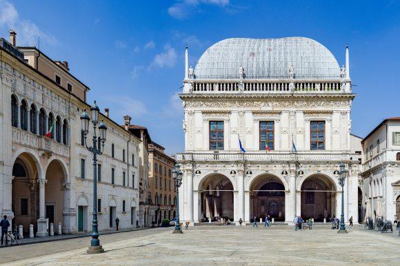 Salon Vanvitelliano Palazzo della Loggia – Municipalité de Brescia