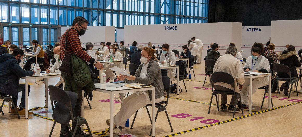 "Mara inside ""Nuvola"", the Eur congress centre in Rome"