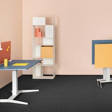 Follow Me, il tavolo che ti segue e porta la funzionalità dell'ufficio a casa